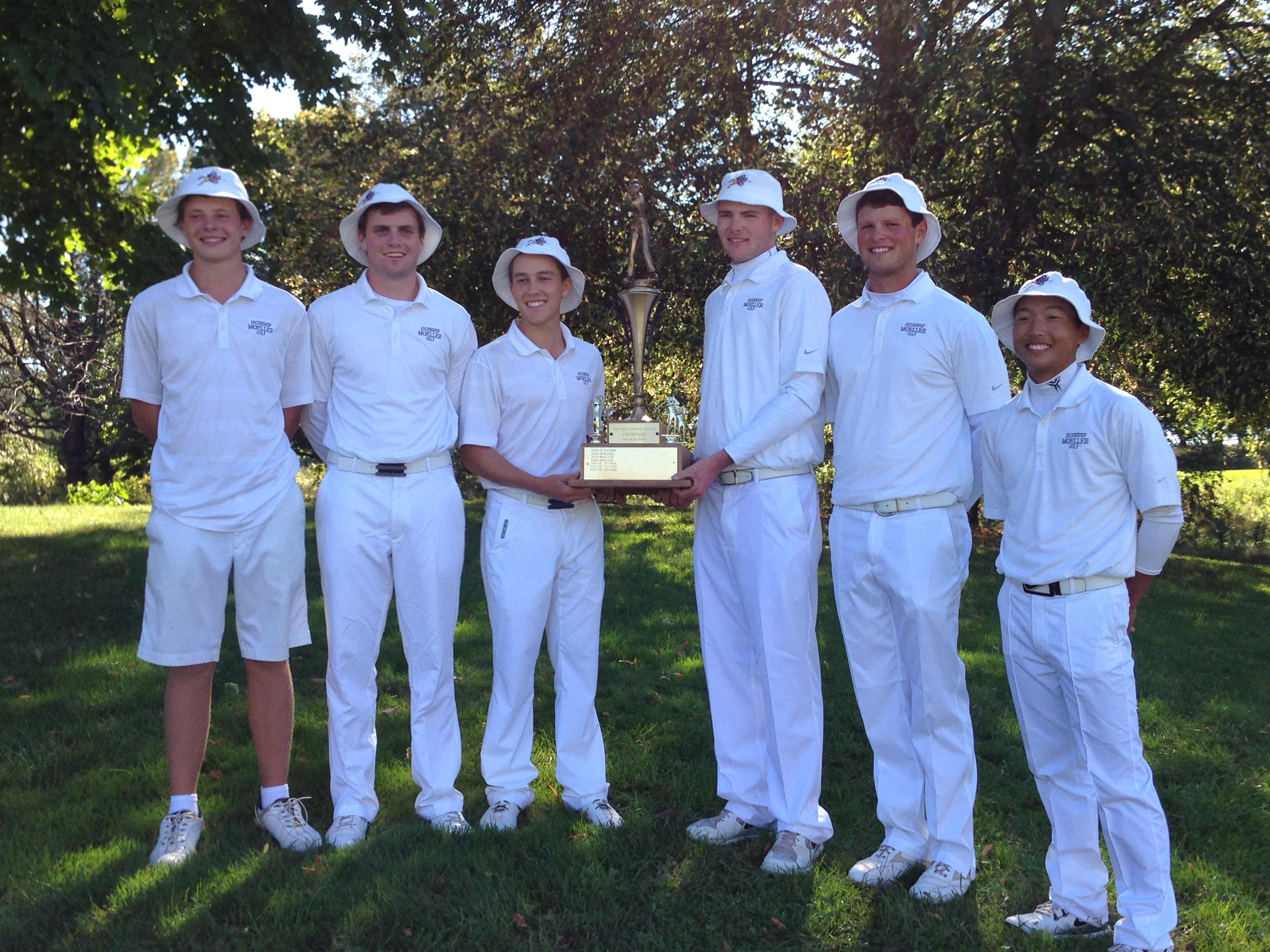 bucket hats on golf team